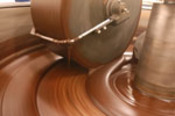 Grinding_chocolate3_thumb_3